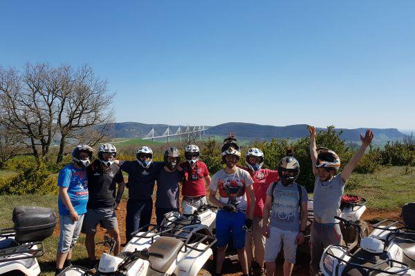 photo-groupe-quad-viaduc-2018267F2955-156D-7601-412B-698E9A20E9EC.jpeg