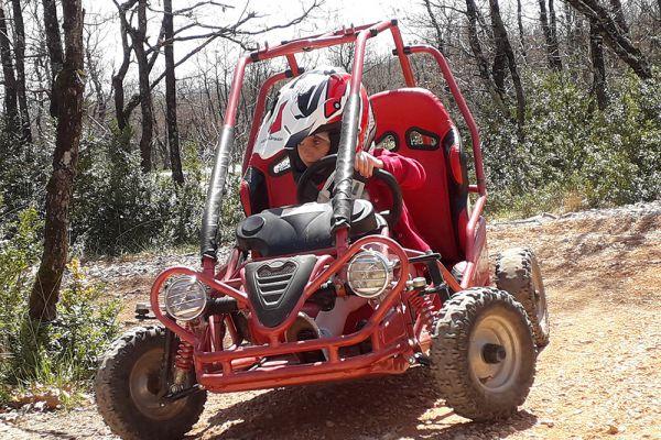 buggy-kid-millau8E73A13D-569D-A6A0-56D8-A6927AD23410.jpg