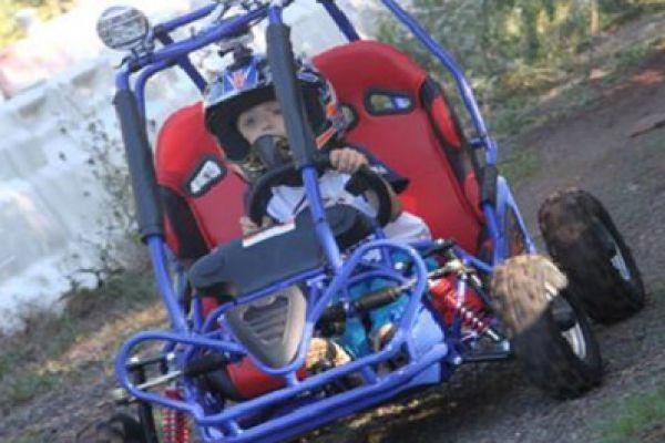 buggy-kid2CAA5F54C-8E4A-3E89-DBDC-7E175CB90BAA.jpg